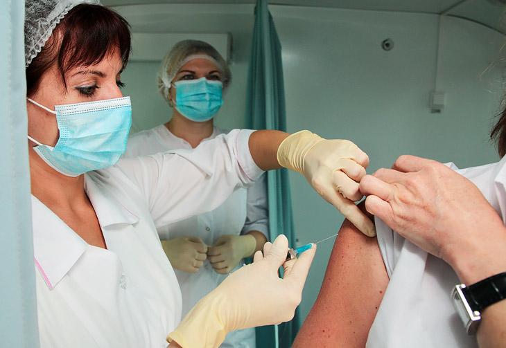 Что такое прививка АКДС, как расшифровывается, от чего и куда ставится детям и взрослым