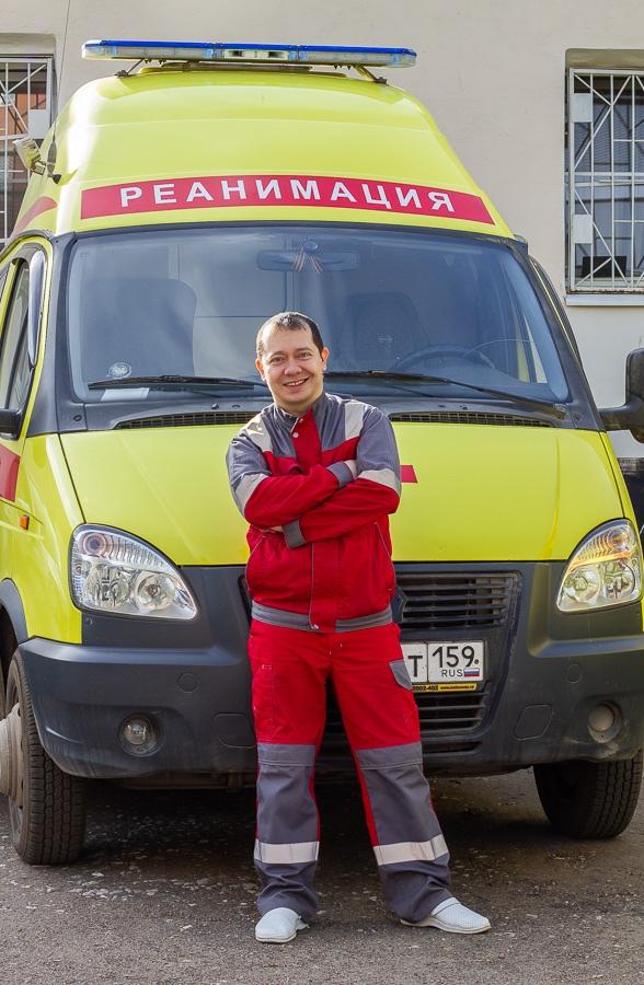 Курносов Юрий Владимирович, Анестезиолог-реаниматолог, педиатр, трансфузиолог